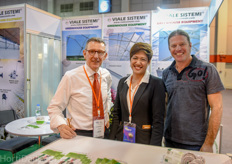 Massimo Digitali and Apinya Wawa of Viale Sistemi. They were pleased with the additional traffic of the VIV livestock event. Also Ronen Skarbianskys of Netafim Vietnam paid them a visit.
