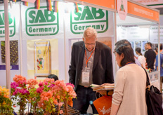 Jens Mayer of SAB Substrate was one of the few German suppliers present at the Horti Asia this year.