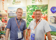 Richard and Nic Luiten of A&N Luiten at the booth of their partner Agr Solutions Asia.
