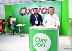 Javier Zavara Constantini and Artemio Martinez Hernandez of Oxuon exhibiting at the Expo Agroalimentaria for the first time.