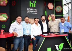 Team of Hortitec Internatinoal with Frank Ocampo of the greenery (third from the right)