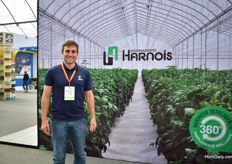 Geoffrey Gomis of Harnois. This French greenhouse manufacturer also notices that the Mexican growers are eager to grow.