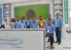 The team of Grupo Crops and Science. They import organic products from USA and sell them in Mexico.