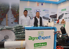 Cornelio Luna and Adrian David Diaz de la Torre of AgroExpert.