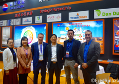 (left to right) Journey Chow and Xue Ping Qu from Beijing Ruixue Global Co., Ltd, Roger de Jagher from Mardenkro, Rui Qing Huang from Beijing Ruixue Global Co., Ltd., Michel from Verkade Climate and Xander van der Zande from DanDutch. All these companies are working together, bundling their knowledge to deliver greenhouse projects.