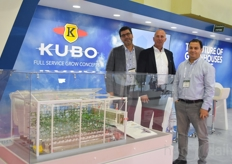 KUBO is represented by Robert Keijzer, Ron Plaisier Ahmet Kurklu. They explain how they have trust in the Turkish market, even though it has been a difficult time, since the country has an agricultural background many good growers.