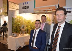 A new face by EMS: Kees Gunter (front left) will start in the flower bulbs, while Peterjan Goedegebuure and Jan-Kees Boerman were present as well.