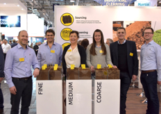 The Pindstrup team is promoting forest gold wood fibre, that can be mixed to reduce the use of peat and improve the characteristics of the substrate.