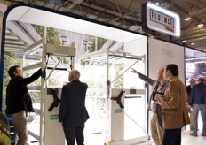 Fluence brought their bright lamps and as usual on the trade show many visitors took the time to check them out.