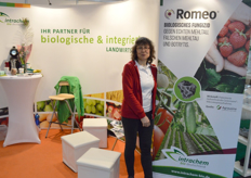 Manuele Kretzschmar-dHeureuse, Intrachme. This German company is specialized in the production and distribution of fungicides and organic fertilizers. Right at the fair, news came the patent pending of this new biological fungicide Romeo was approved