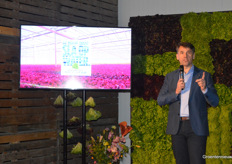 Marcel Jacobs, CEO at Koninklijke Vezet, opened the 'harvest-party' which was attended by sixty invitees.