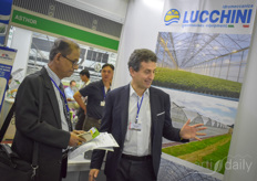 Vittorio Genuardi with Lucchini Idromeccanica sharing information about the company's greenhouses