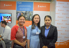 Knanh Kim Caowith Truyen Thong, Le Thi My Duyen Huong Nguyen Thi Mai with PUM Netherlands, setting up arrangements between senior experts from the horticultural industry companies from uprising countries.