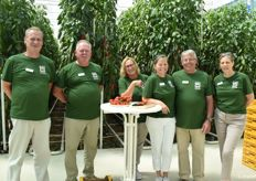The employees of the BIOhof took care of the guided tours through the glasshouses and stood by with advice and assistance. From the left: Gerald Zeller, Wolfgang Bilger, Christa Pasti, Caroline Persoldt, Anton Gilg, Arlene Burghart