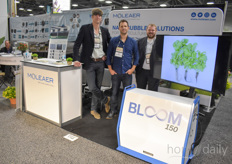 Michiel de Jong, Warren Russen & Jason Verhoef with Moleaer, showing the Bloom 150 that's being used by more and more growers in both the US as well as Europe. One of them is Kruidenaer, read their story here.