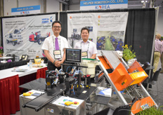 Helper Robotech was present at the show of course, showing their grafting solutions. In the photo Jeremy Park & Chang Joon.