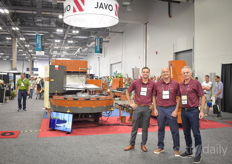 Tom van der Waal, Lorenzo Russo & Michiel van der Waal with Javo USA. Prior to the show they announced to work together with Mosa Green both on Cultivate and after: https://www.hortidaily.com/article/9126339/javo-usa-and-mosa-offer-combined-solutions/