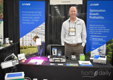 Dave Johnson with Li-Cor shows the products making it possible to measure the light within your greenhouse or indoor farm.