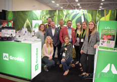 The team with Grodan having a rare quiet moment. Their E-Gro software platform was launched in North America this summer and seems to fulfil a gap in the market: https://www.hortidaily.com/article/9132921/grodan-launches-e-gro-software-platform-in-north-america/