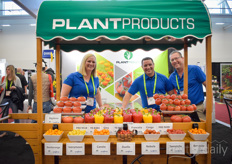 The well-known PlantProducts display with in it Beth Bylsma, Dave Hill & Andrew Dick.