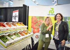 And Marleen van der Torre with Daphne Brogdon with Micro Grow Systems, who was looking for the best tasting tomatoes at the show and found them at RijK Zwaan.