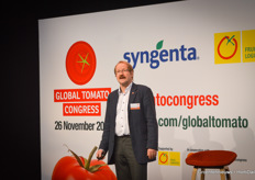 Hans Christoph Behr (AMI) discussed a country and the state of tomato cultivation and trade there in ten minutes each time during the day.