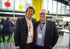 Fabio Andres of Yuksel on the photo with Dean Taylor of Mastronardi Produce