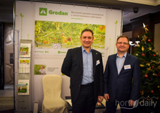 This year Grodan opened a factory in Russia. In the photo Aleksey Kurenin Vladimir Odirtsov.