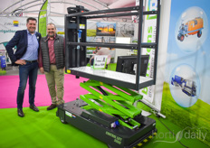 Leon Verkoelen with Berkvens Greenhouse Mobility & Bruno Rethore with Hortere.