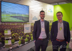 Simon Willemen and Bram Vanthoor from Hortiplan tell about the mobile gutter systems for lettuce.