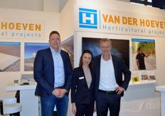 Bas Duijvestijn, Anna Sichinskaya (Van der Hoeven Horticultural Projects) and Ronald Begelinger (Patron Agri Systems).