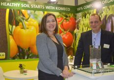 Liesbeth Broekhuizen and Arie van de Wijgert of Komeco focus on fertilizing soil-bound crops, with special fertilizer pellets available for organic farmers.