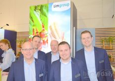John Schoeber, Martijn Davids, Stefan Pohl, Sjoerd Gipmans and René Schuurmans from Limgroep. Their new strawberry variety, Limvanera, has just been launched on the market in South America.