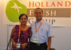Trade show visitors Deepani and Mihinduy Keerthiratne from Mike Flora Sri Lanka. Mike Flora was established in 1980 at Rabukkana, a tropical paradise 80Km away from Colombo city.Today it has grown to 3 nurseries located at Rabukkana,Madawala and Nawala covering over 100 acres. They maintain parent stocks for more than 70 tropical plant varieties which are under different levels of shading.