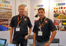 Luuk Runia and Frank Hermans from Asian Perlite Industries/ Greenhouse Solutions Asia.