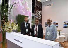 Matthias Broeder organizes the German pavilion, Reinhold Pause is the floristmeister.