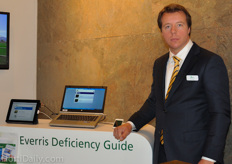 Everris launched a new examination app. Nick Boelen is Everris Benelux sales manager for ornamental horticulture.
