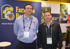 Stephen Yubeta and Roberto Tarriba with Farmer's Best.