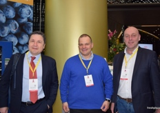 Branko Bajatovic and Milos Tipsarevic from Bluemond Ltd., along with Fred Douven from abbGrowers.